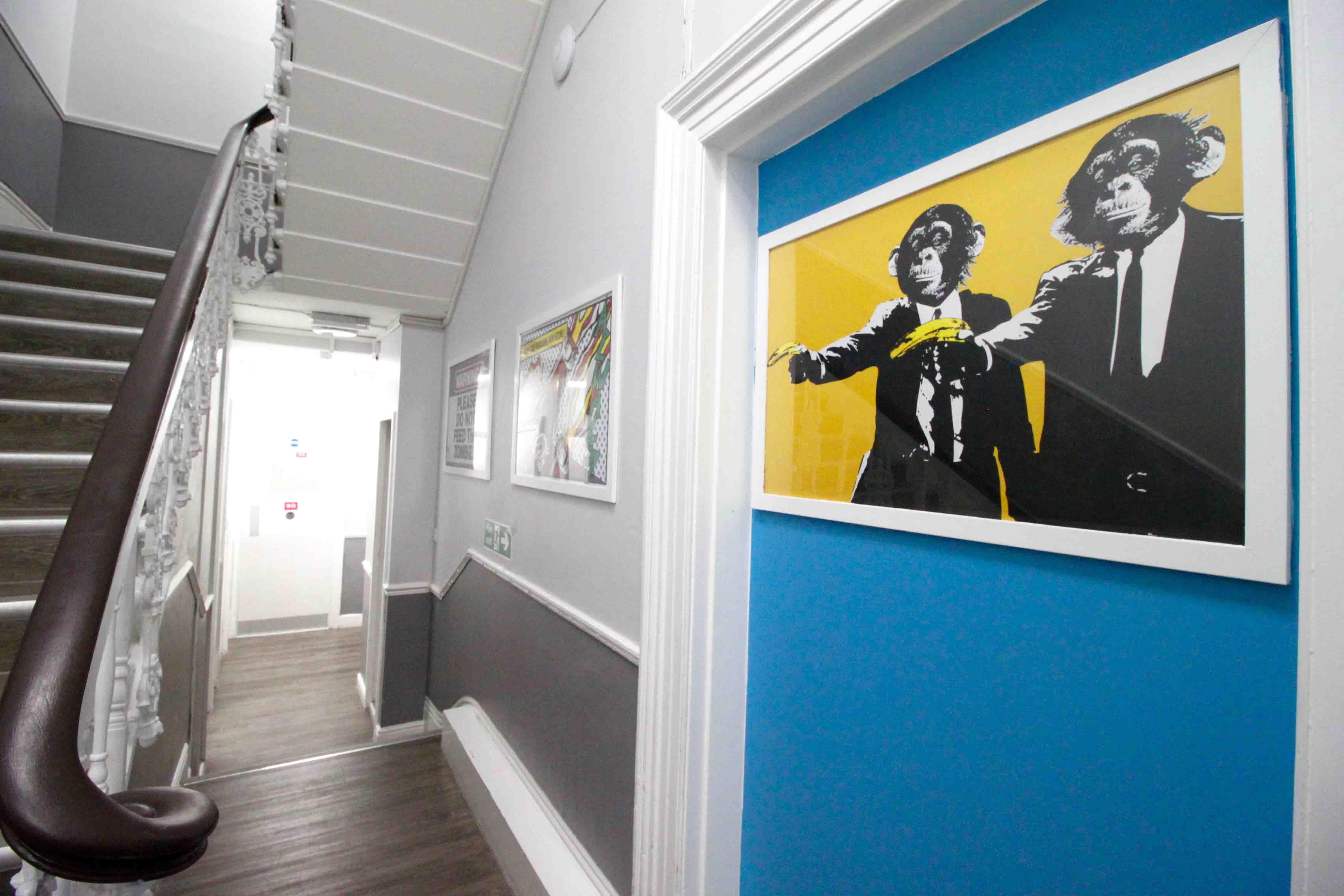 Hyde Park Inn Corridor
