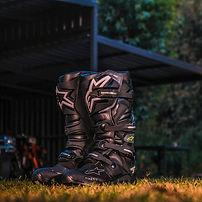 Alpinestars-Tech-7-Drystar-Boots-1024x10
