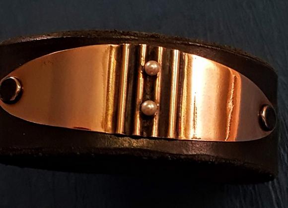 Leather & twin pearl cuff