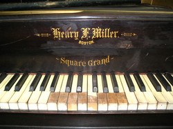1882 Henry F. Miller Square Grand