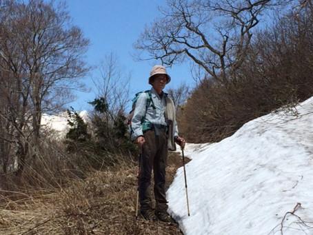 春・高社山登山