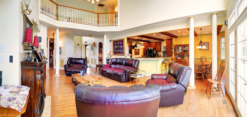 Living Area Panorama2.jpg