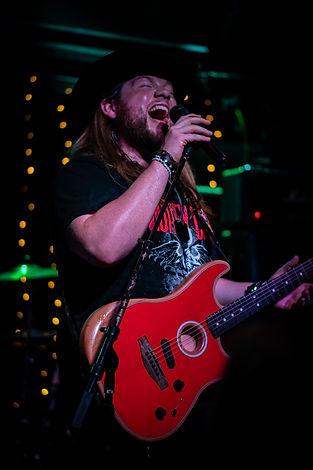 Trey Duncan, Motley Crue, Fender Acoustisonic, Radio Room, Gone Country Cowboy Hat, Kings Ransome