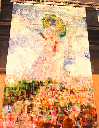 Un tricot géant d'une toile de Monet !