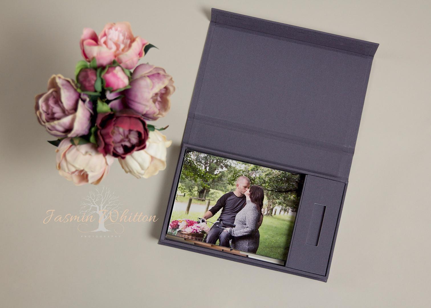 7x5 inch Print and USB Box