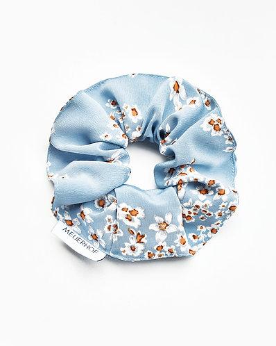 Scrunchy (flowery baby blue)