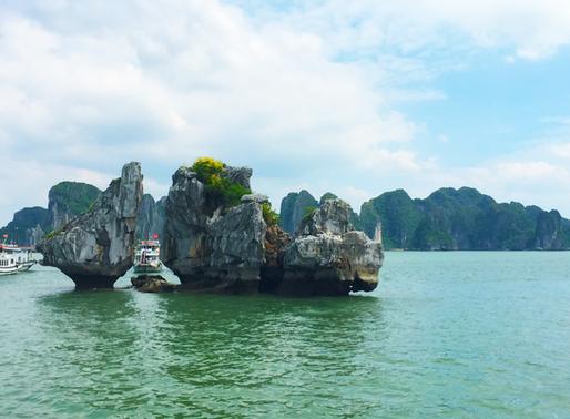 Ha Long Bay – Vietnam's Breathtaking Natural Wonder