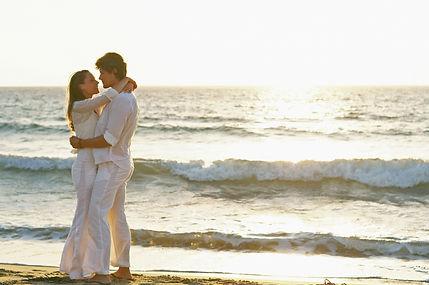 lovers on beach (IS).jpg