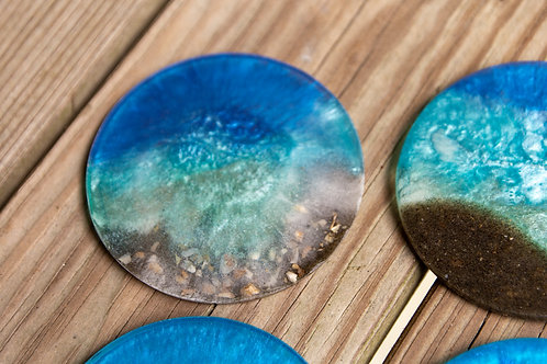 Beach resin coasters with Shells
