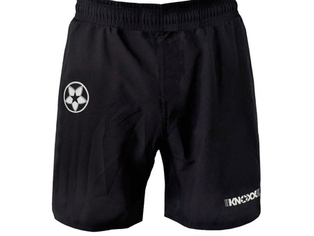 Many of you asked.. so here it is!  KNOXX workout and casual shorts with pockets
