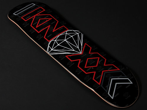 KNOXX Collectors Edition: KNOXX x Diamond Supply Co. Skate Deck