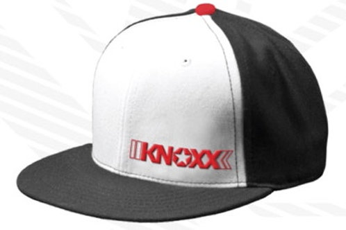 "KNOXX ""Logo"" Snapback Cap -Black/Red"