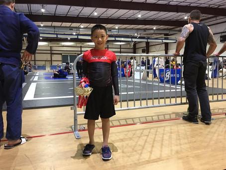 Congrats to KNOXX athlete, Eli Pascual