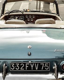 voiture de collection turquoise