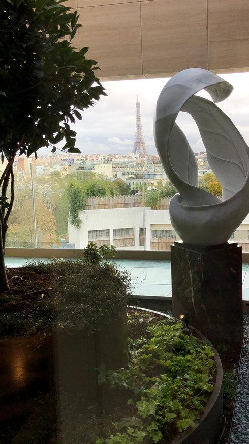 Feuille en marbre blanc de Carrare, Paris