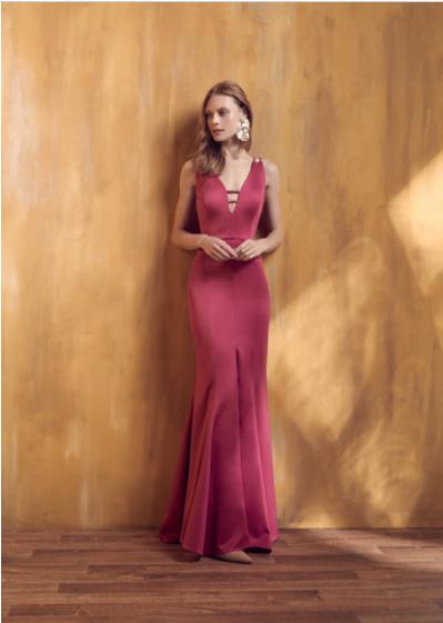 6d73c7db4f Vestido Rosa Longo Liso 18399 FD. R  499.90. Alugue esse perfeito vestido  para Madrinhas e Convidadas!