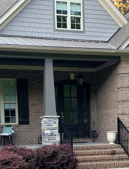 house%20photo_edited.jpg