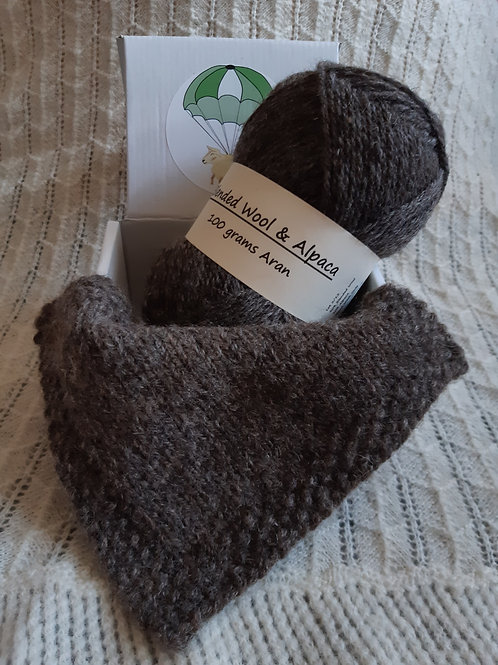 Dark grey blended Wool and Alpaca Aran yarn (100g)