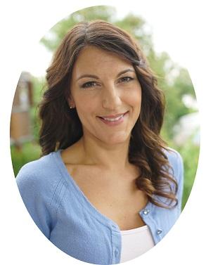 Dr Krisztina Magyar_Specialist_ Prosthetic_Restorative Dentistry