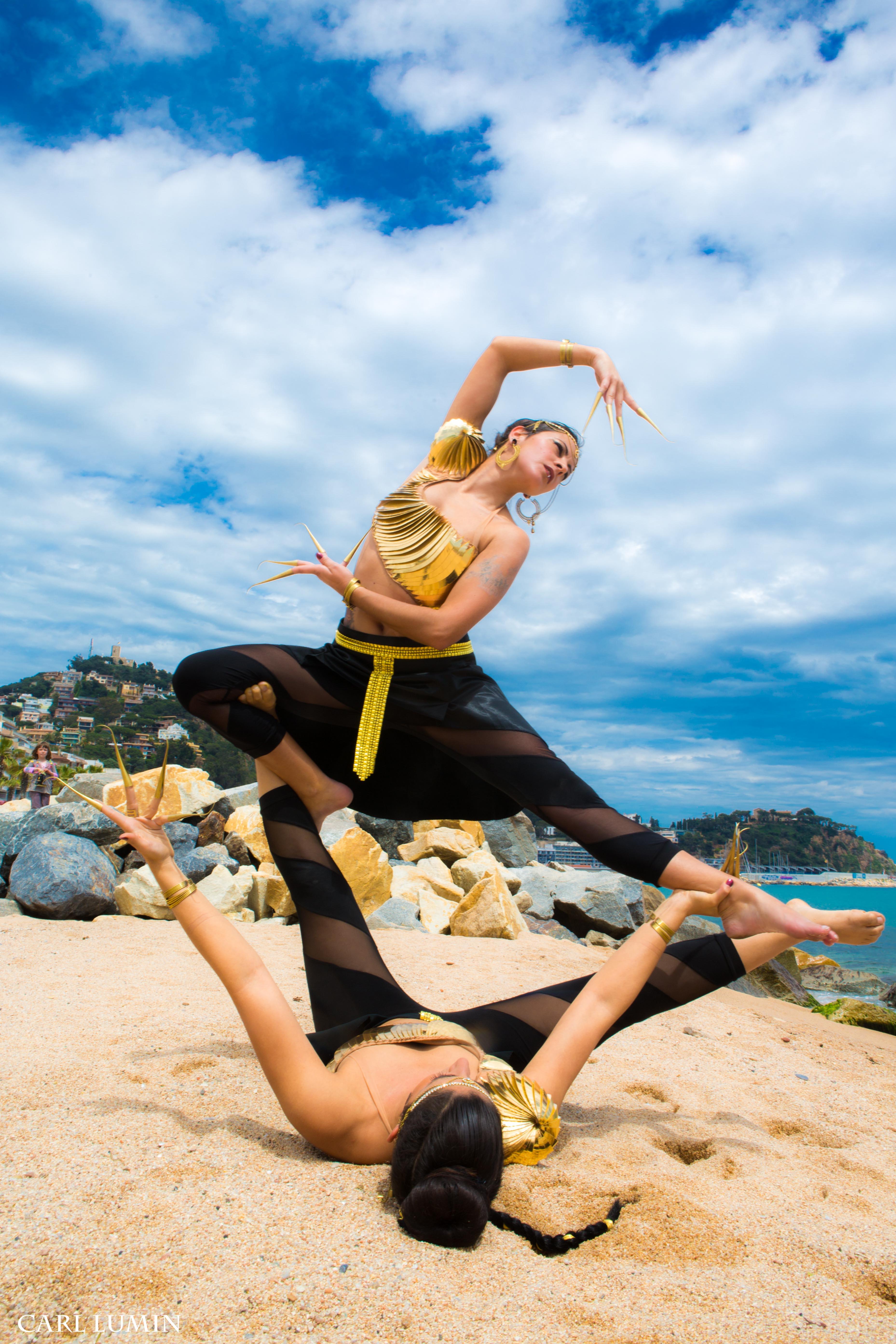 Acroyoga dance fusion- Birrasana V