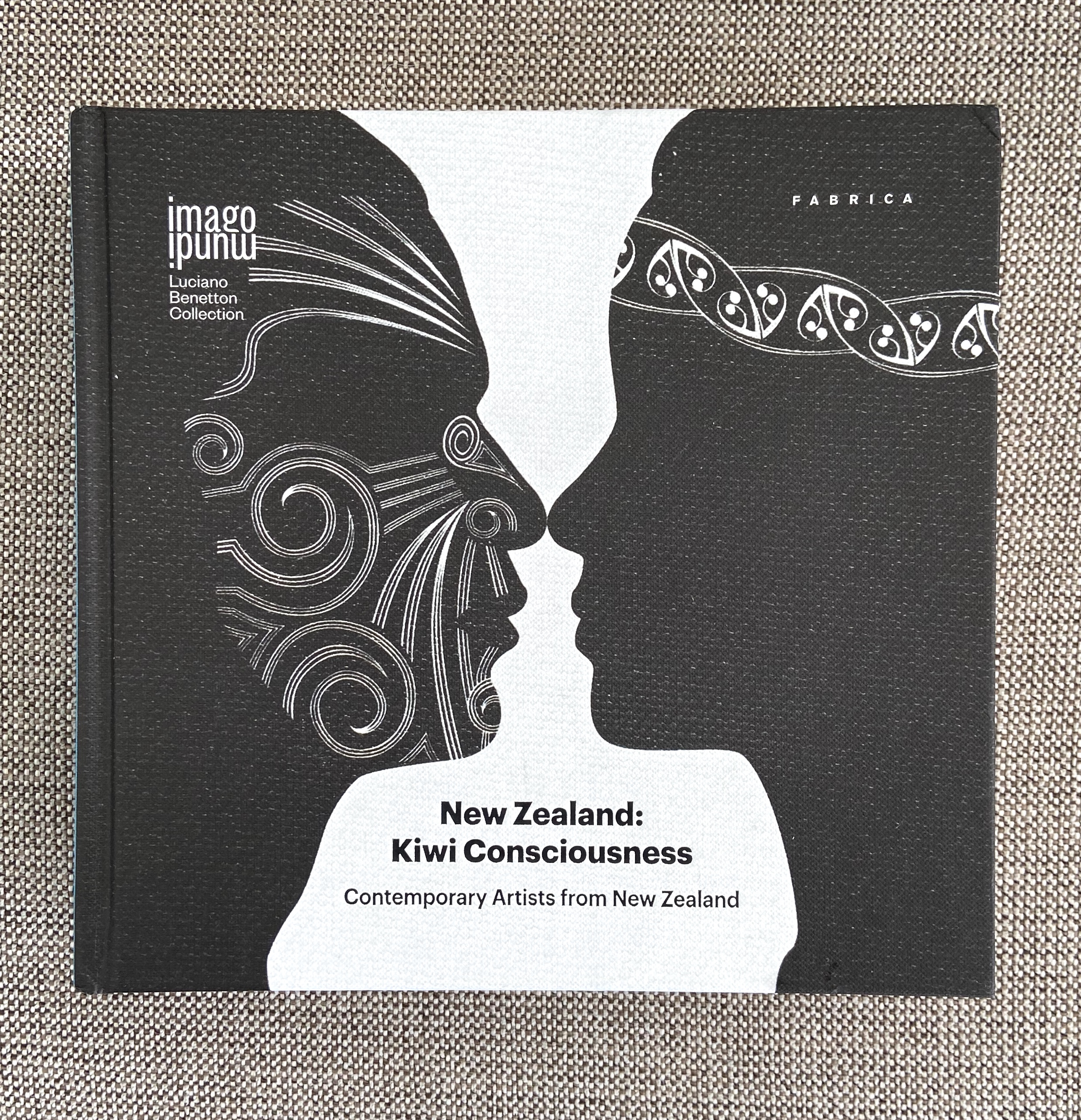 Art book- NZ:Kiwi Consciousness, Contemporary Artists of NZ, 2016