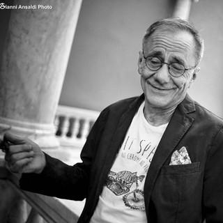 Roberto Vecchioni - cantautore.jpg