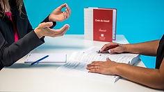 2 mains code du travail.jpg