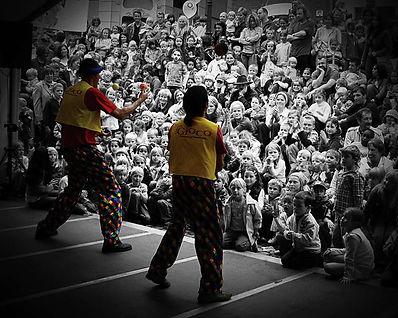 Clown zauberer mitspielzirkus klinikclown behindertenprogramm zirkus comedy clown buchen clown mieten aachen köln mönchengladbach düsseldorf euskirchen bonn