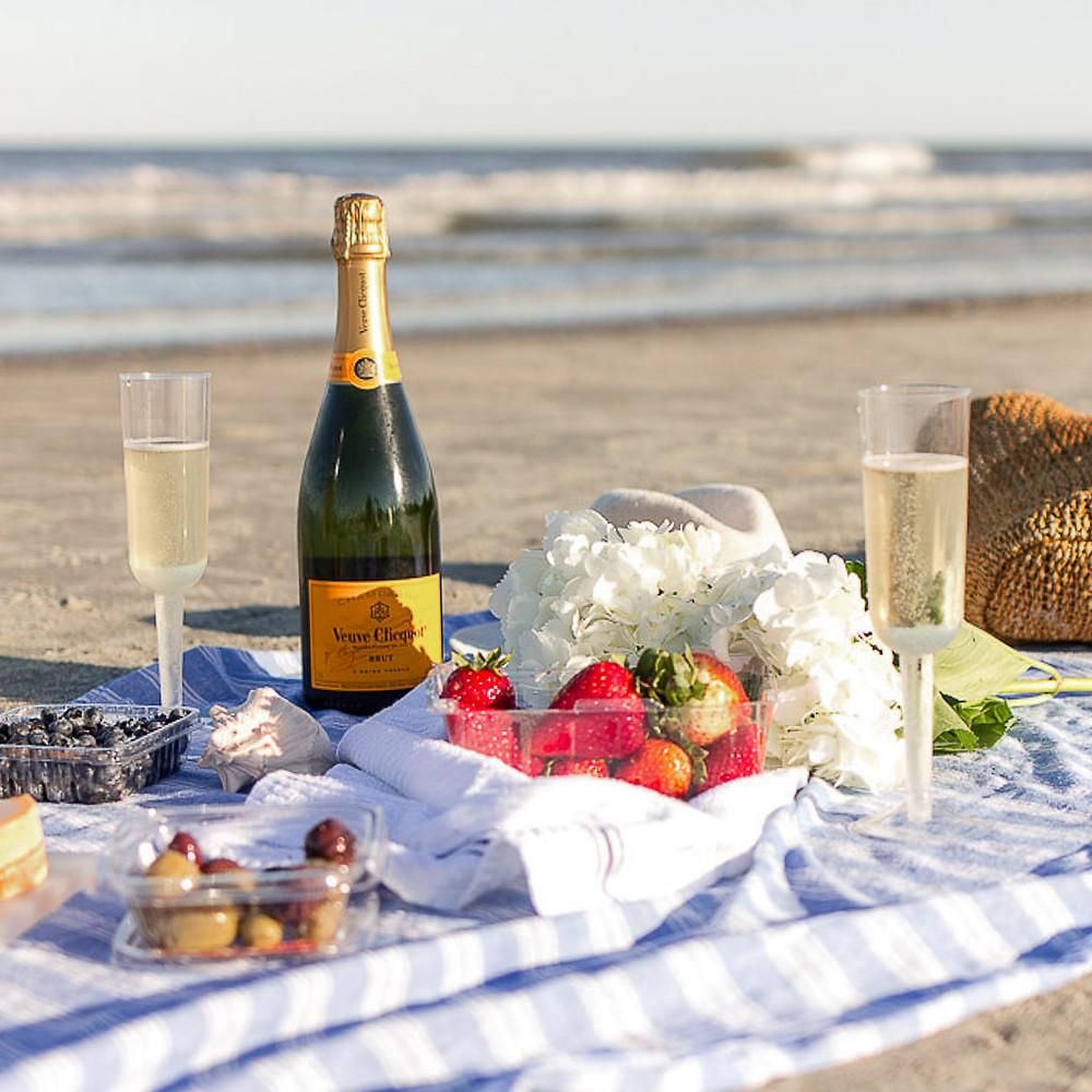 picnic on the beach in hilton head