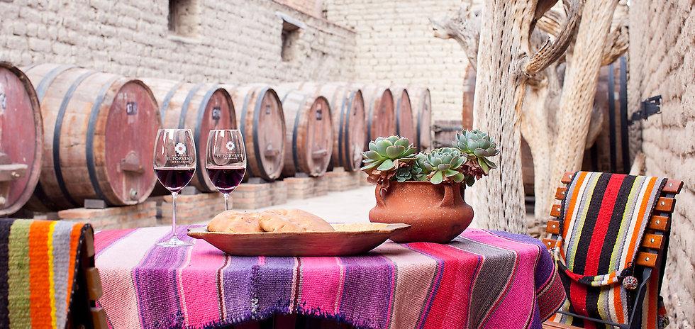 franja-nuestros-vinos-02.jpg