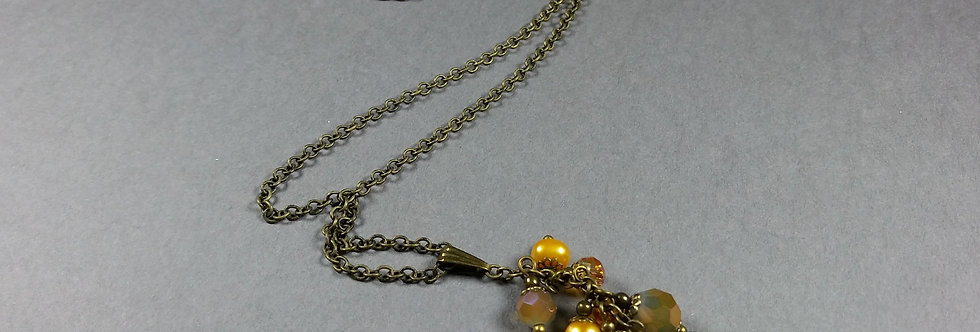 Olive Focal w/Gold & Pearl Necklace