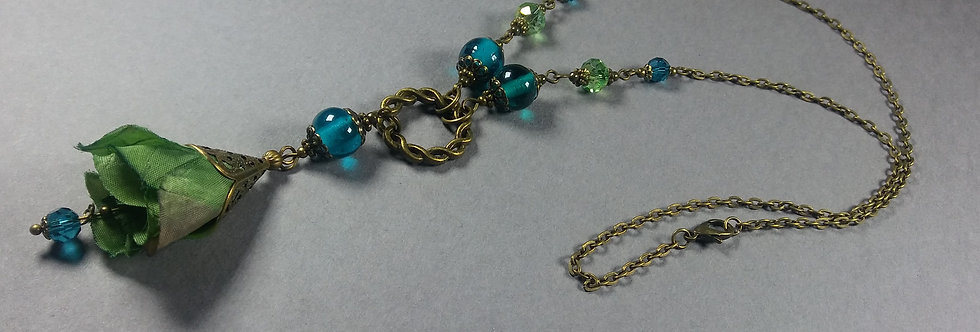 Green & Teal Floral Necklace