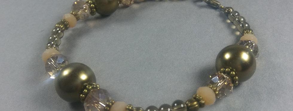 Gold & Cream Beaded Bracelet