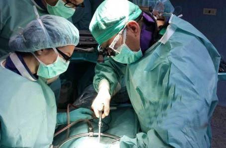Chirurgia vertebrale: interventi sempre meno invasivi e più efficaci