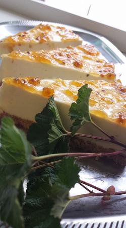 Maariantuoksuheinä-juustokakkua