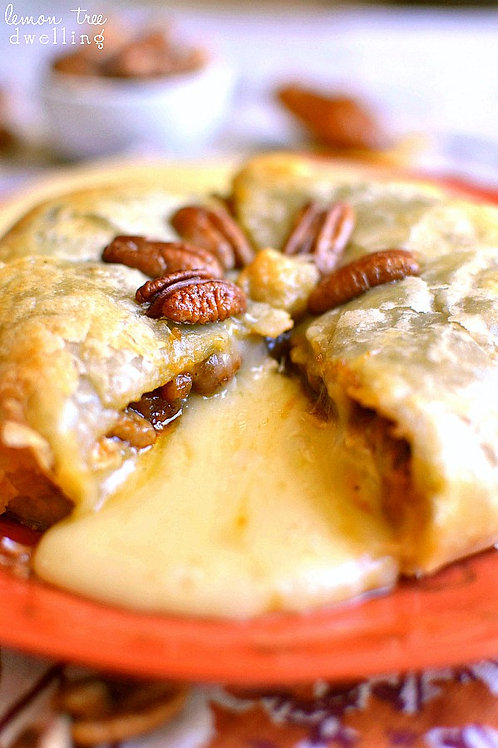 Large Caramel-Apple-Pecan Puff Pastry Brie