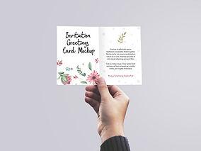 5d9cdf-mockup-convite-invitation-holding