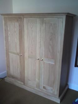 Free standing oak wardrobe