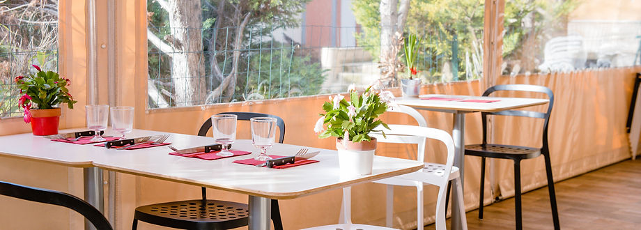 YvesRestaurant-7.jpg
