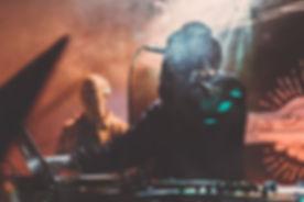 DJ on Mic