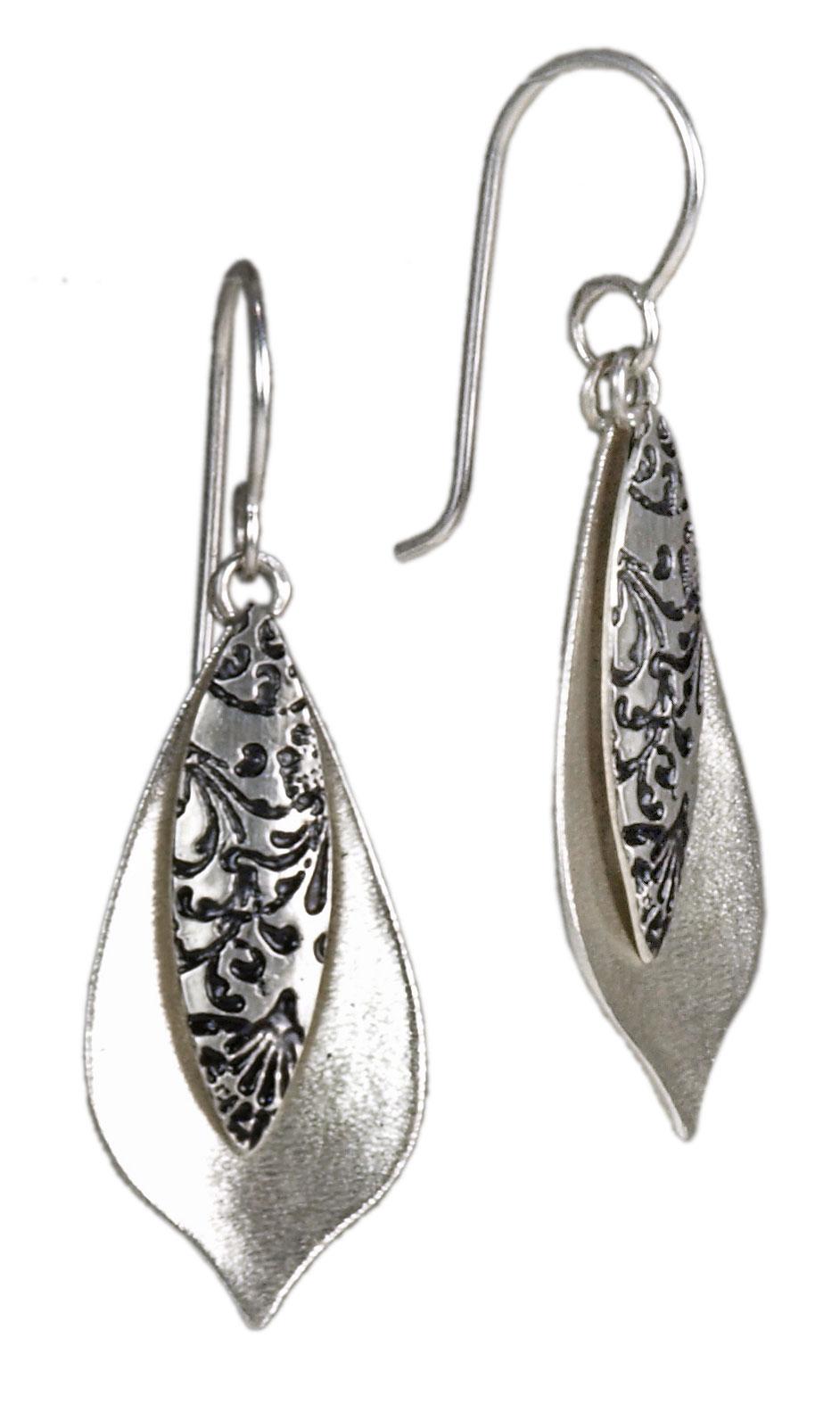 Mini Pavo Earrings