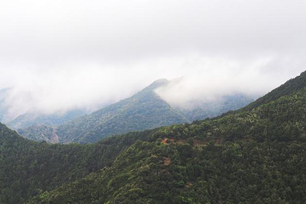 Cloudy hills of Hermigua