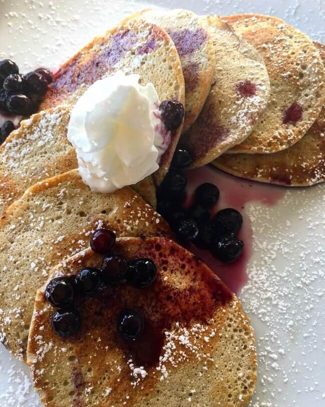2-ingredient high protein, high-resistant starch pancakes!