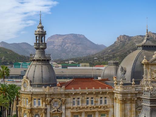 Cartagena, a cidade mais colorida da Colômbia, tem motivos de sobra para merecer sua visita