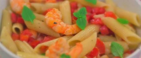 Pena com vinagrete de camarão