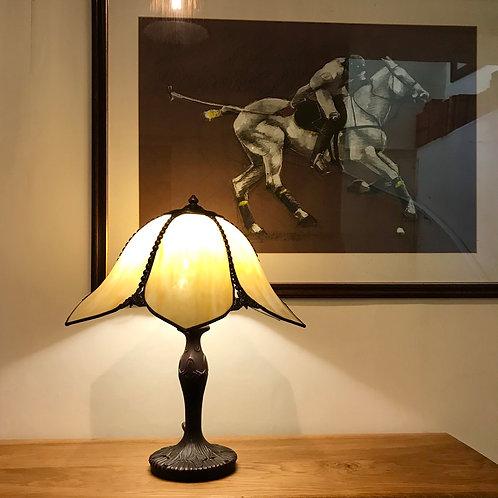 Art Nouveau Tiffany style table lamp