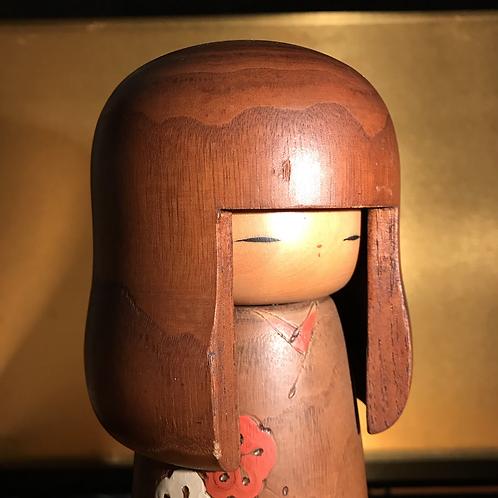 Mid 20th Century Sosaku Kokeshi doll standing 29cm tall