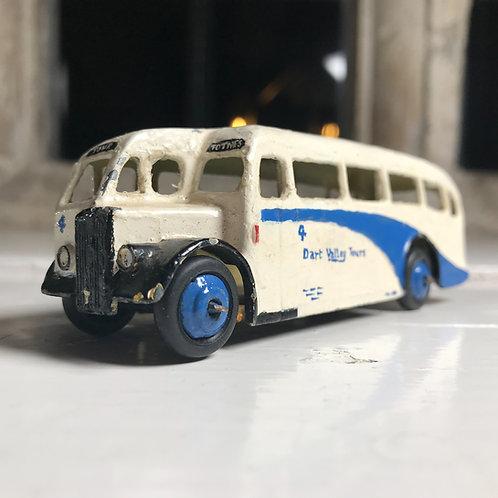 1948 Dinky Model 29e - Single deck bus (half cab coach).