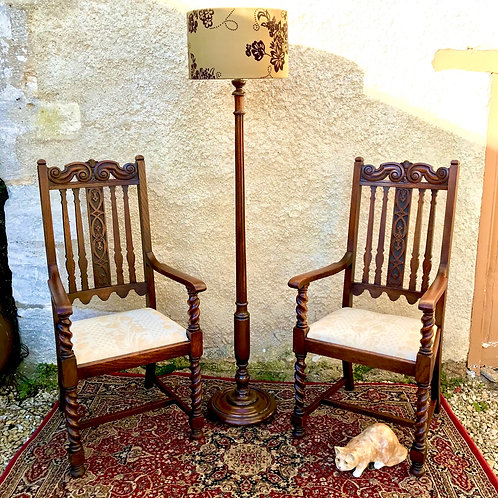 Pair of antique Hallway armchairs in English Oak
