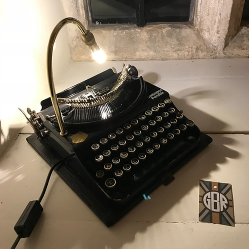 Remington Portable Typewriter Feature Lamp